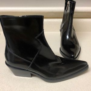 new & pre-owned designer dirt cheap new style & luxury Leather cowboy boots NWT